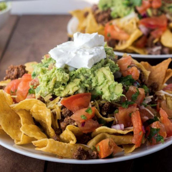 Picture of Appetiser - Minced Pork Guacamole Sour Cream Nachos